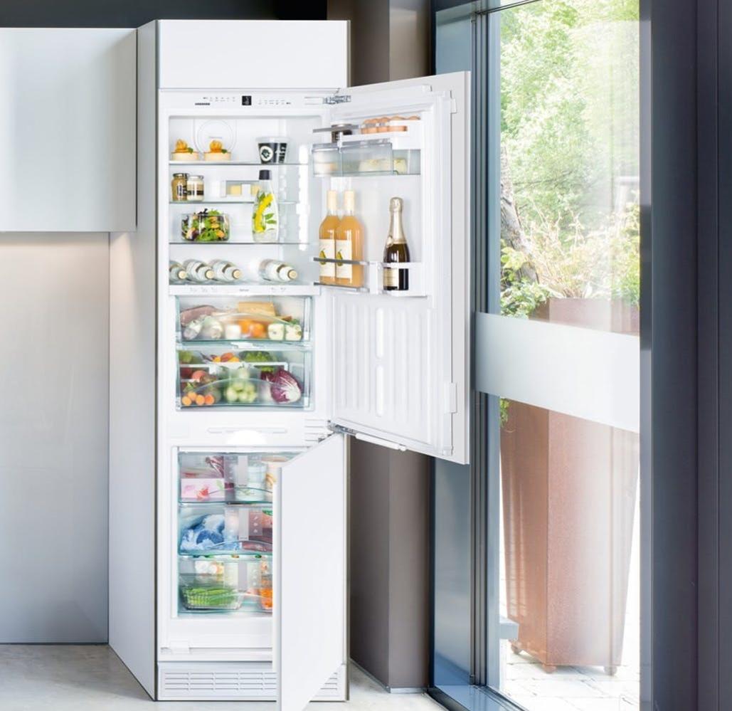 Холодильник LIEBHERR ICBN 3376 Premium BioFresh NoFrost - 3